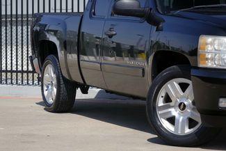 2008 Chevrolet Silverado 1500 LT 4x4 * 1-OWNER * Ext Cab * 20's * 5.3 * Spray-In Plano, Texas 23