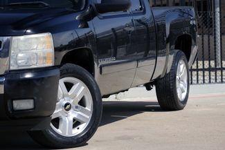 2008 Chevrolet Silverado 1500 LT 4x4 * 1-OWNER * Ext Cab * 20's * 5.3 * Spray-In Plano, Texas 24