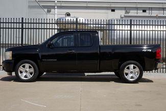 2008 Chevrolet Silverado 1500 LT 4x4 * 1-OWNER * Ext Cab * 20's * 5.3 * Spray-In Plano, Texas 3