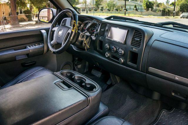 "2008 Chevrolet Silverado 1500 LT w/1LT - AUTO - 20"" WHEELS Reseda, CA 28"