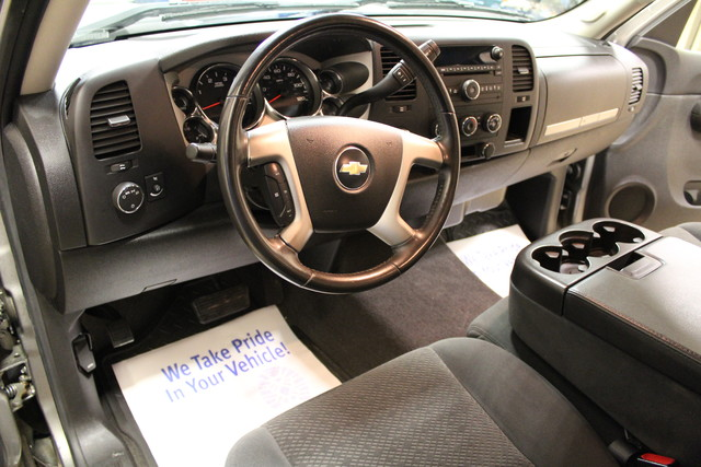 2008 Chevrolet Silverado 2500HD LT w/1LT Roscoe, Illinois 21