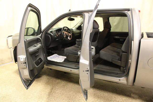 2008 Chevrolet Silverado 2500HD LT w/1LT Roscoe, Illinois 3