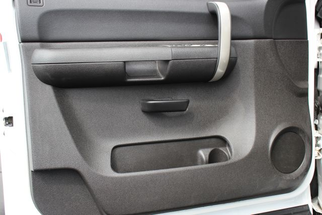 2008 Chevrolet Silverado 3500HD 4x4 LT w/1LT Mooresville , NC 18