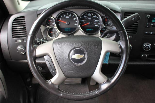 2008 Chevrolet Silverado 3500HD 4x4 LT w/1LT Mooresville , NC 19