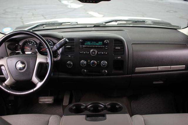 2008 Chevrolet Silverado 3500HD 4x4 LT w/1LT Mooresville , NC 22