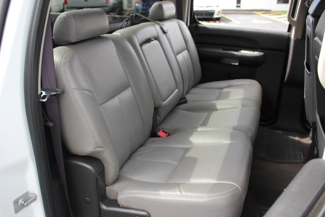 2008 Chevrolet Silverado 3500HD 4x4 LT w/1LT Mooresville , NC 25