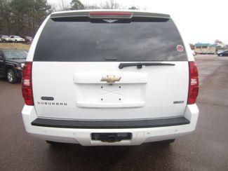2008 Chevrolet Suburban LT w/3LT Batesville, Mississippi 11