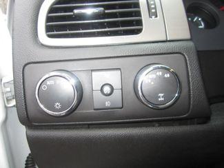 2008 Chevrolet Suburban LT w/3LT Batesville, Mississippi 21