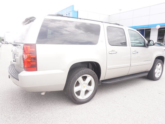 2008 Chevrolet Suburban LTZ Harrison, Arkansas 3