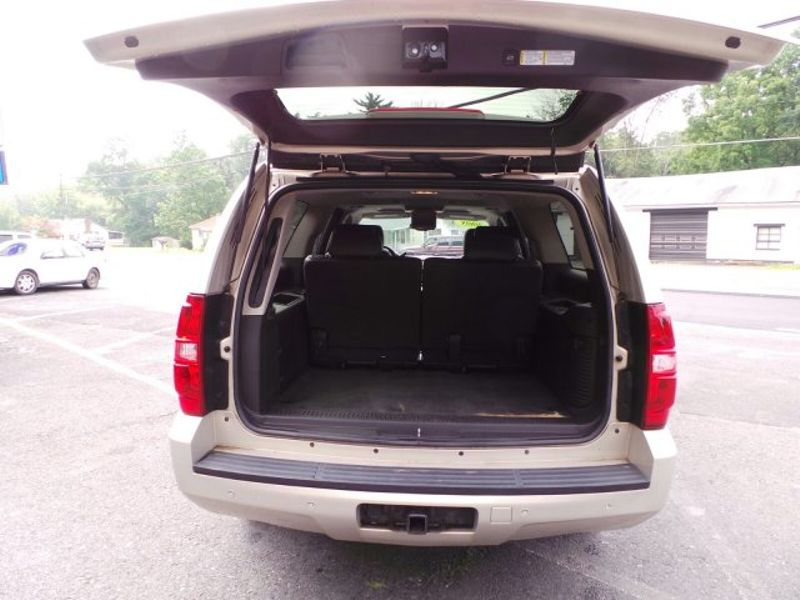 2008 Chevrolet Suburban LT w/3LT | Pine Grove, PA | Pine Grove Auto Sales in Pine Grove, PA