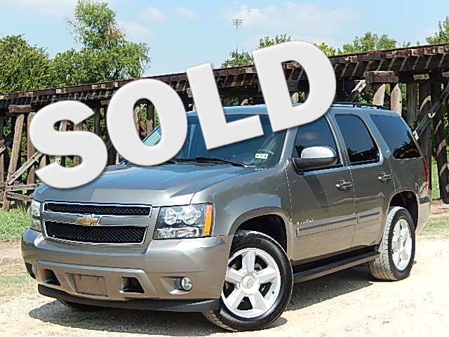 2008 Chevrolet Tahoe LT w1LT OUTRAGEOUSLY CLEAN That is the first impression you will have on th