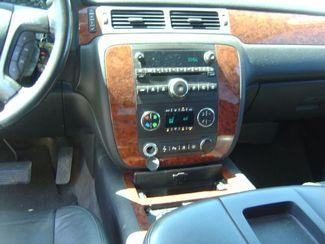 2008 Chevrolet Tahoe LTZ San Antonio, Texas 12