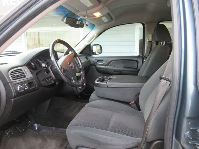2008 Chevrolet Tahoe, PRICE SHOWN IS THE DOWN PAYMENT south houston, TX 8