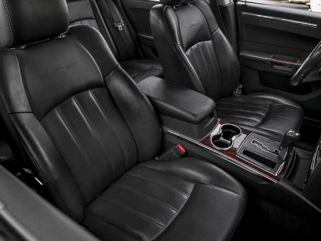 2008 Chrysler 300 C Hemi Burbank, CA 26