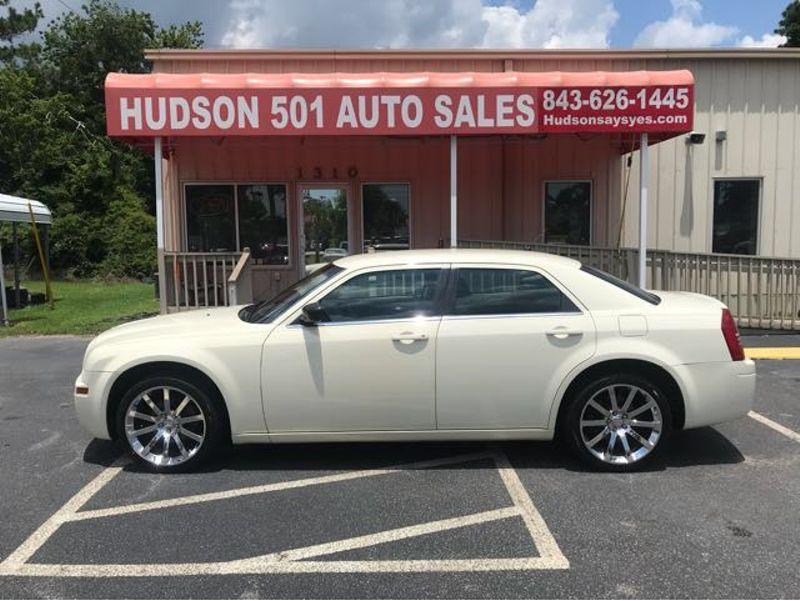2008 Chrysler 300 LX | Myrtle Beach, South Carolina | Hudson Auto Sales in Myrtle Beach South Carolina