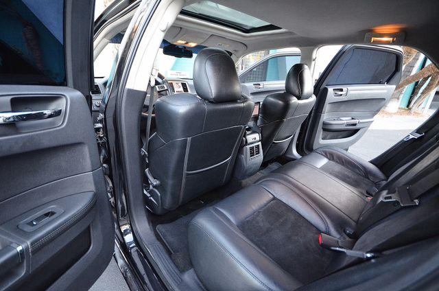 2008 Chrysler 300 C SRT8 Reseda, CA 24