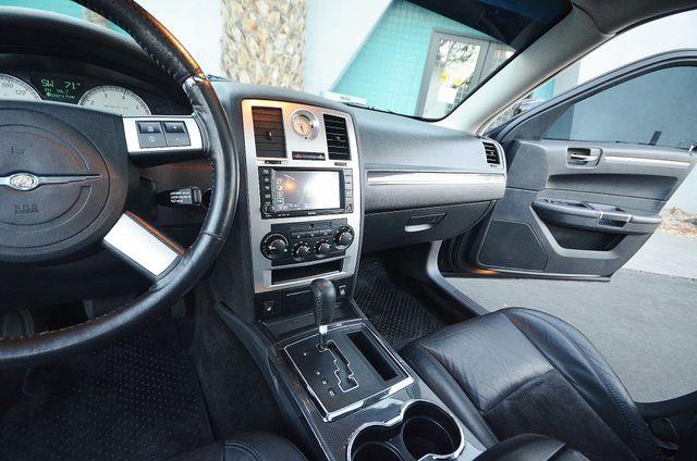 2008 Chrysler 300 C SRT8 Reseda, CA 40