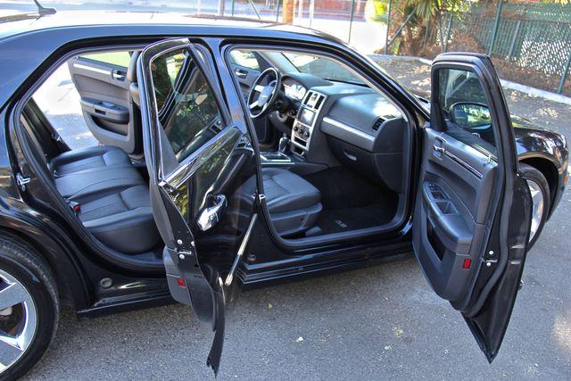 2008 Chrysler 300 Touring Reseda, CA 8