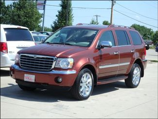 2008 Chrysler Aspen Limited 4WD Hemi/Leather/Sunroof/DVD/Buckets in  Iowa
