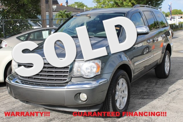 2008 Chrysler Aspen Limited  WARRANTY CARFAX CERTIFIED AUTOCHECK CERTIFIED 2 OWNERS FLORIDA