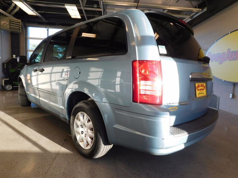 2008 Chrysler Town  Country LX  city TN  Doug Justus Auto Center Inc  in Airport Motor Mile ( Metro Knoxville ), TN