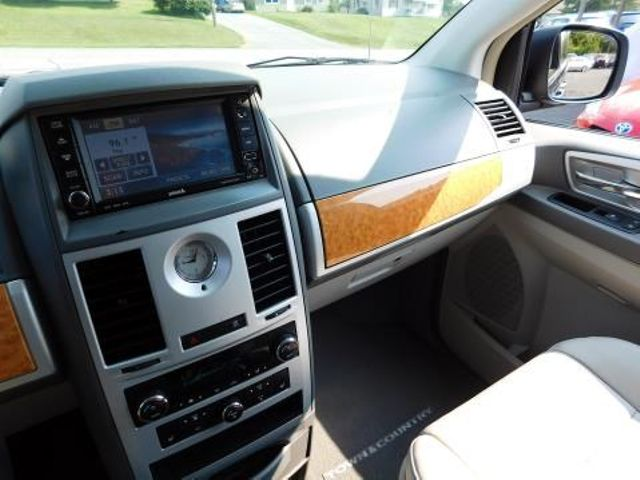 2008 Chrysler Town & Country Limited Ephrata, PA 12