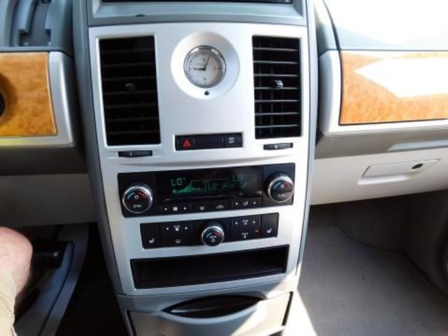 2008 Chrysler Town & Country Limited Ephrata, PA 14