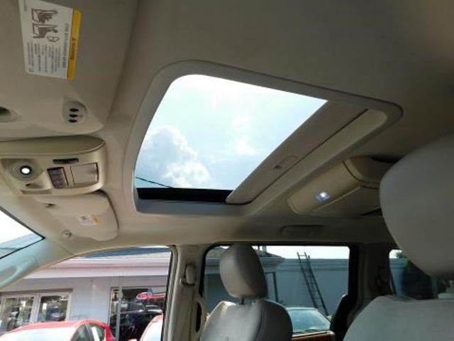 2008 Chrysler Town & Country Limited Ephrata, PA 15