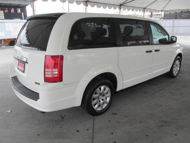 2008 chrysler town and country lx cars and vehicles gardena ca. Black Bedroom Furniture Sets. Home Design Ideas