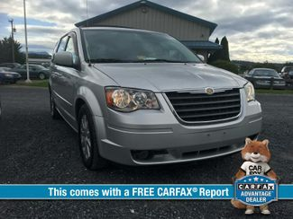 2008 Chrysler Town & Country Touring | Harrisonburg, VA | Armstrong's Auto Sales in Harrisonburg VA
