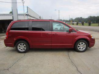 2008 Chrysler Town & Country Touring Houston, Mississippi 3