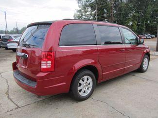 2008 Chrysler Town & Country Touring Houston, Mississippi 5