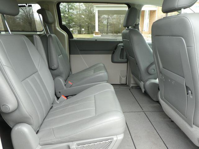 2008 Chrysler Town & Country Touring Leesburg, Virginia 10