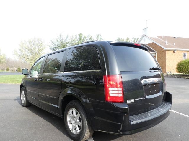 2008 Chrysler Town & Country Touring Leesburg, Virginia 2