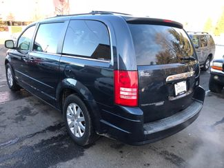 2008 Chrysler Town & Country Touring with a 6 month 6000 miles warranty Maple Grove, Minnesota 4