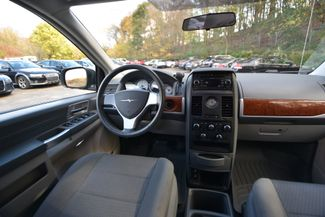 2008 Chrysler Town & Country Touring Naugatuck, Connecticut 12