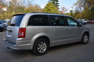 2008 Chrysler Town & Country Touring Naugatuck, Connecticut 4