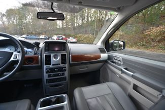 2008 Chrysler Town & Country Touring Naugatuck, Connecticut 18