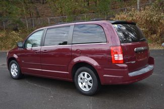 2008 Chrysler Town & Country Touring Naugatuck, Connecticut 2