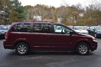 2008 Chrysler Town & Country Touring Naugatuck, Connecticut 5