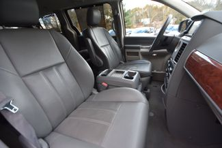 2008 Chrysler Town & Country Touring Naugatuck, Connecticut 9