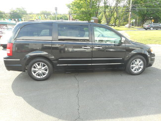 2008 Chrysler Town & Country Limited New Windsor, New York
