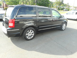 2008 Chrysler Town & Country Limited New Windsor, New York 2