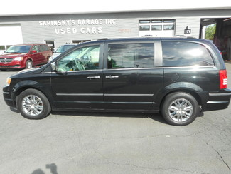2008 Chrysler Town & Country Limited New Windsor, New York 7