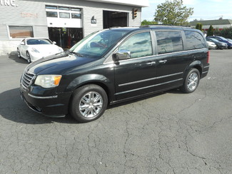 2008 Chrysler Town & Country Limited New Windsor, New York 8