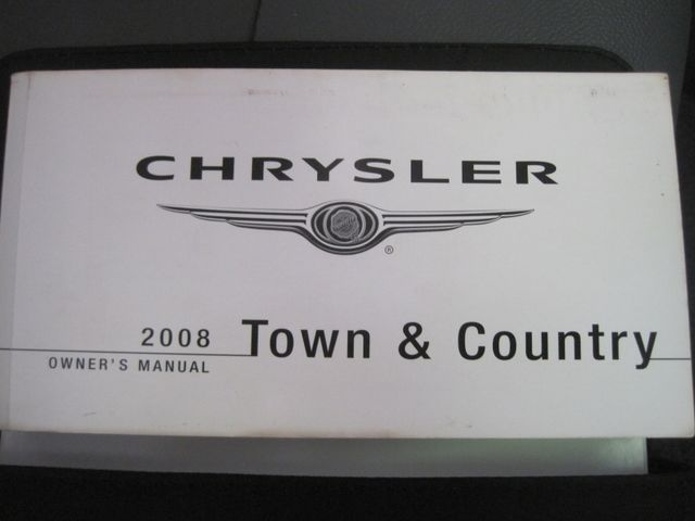 2008 Chrysler Town & Country Touring, Leather, Quads, pwr/doors/liftgate, Low Miles Plano, Texas 39