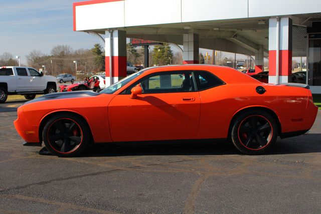 2008 Dodge Challenger SRT8 - SUPERCHARGED - NAV - SUNROOF! Mooresville , NC 22