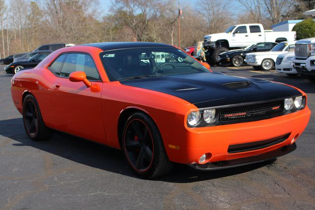 2008 Dodge Challenger SRT8 - SUPERCHARGED - NAV - SUNROOF! Mooresville , NC 27