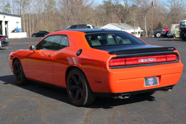 2008 Dodge Challenger SRT8 - SUPERCHARGED - NAV - SUNROOF! Mooresville , NC 30
