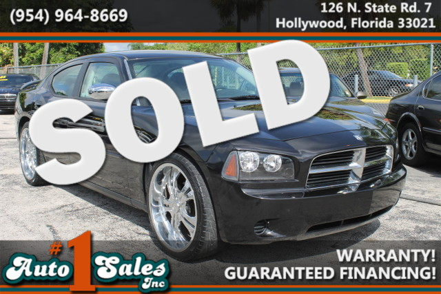 2008 Dodge Charger  WARRANTY 2 OWNERS  FLORIDA VEHICLE  Dependable and stylish the Charg